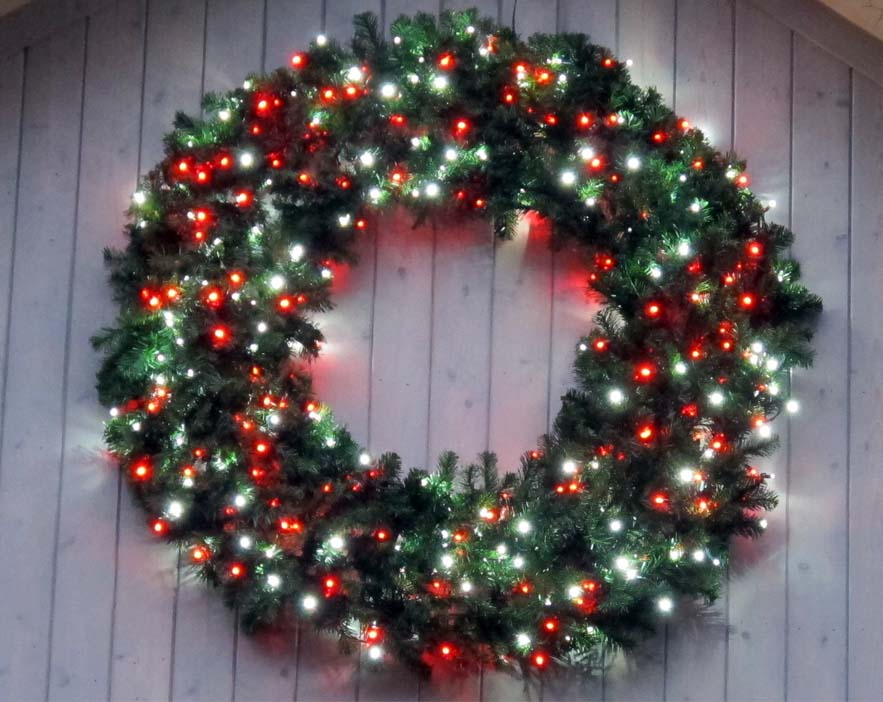 Christmas Wreath With Battery Operated Led Lights