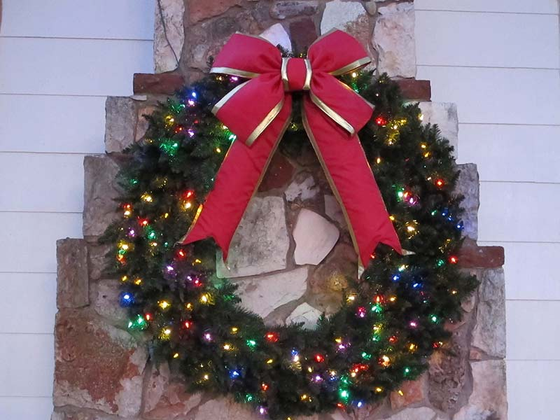Multi-Color LED 4ft Wreath